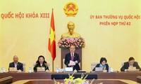 На 42-м заседании Постоянного комитета НС СРВ обсуждается ряд важных вопросов