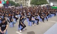Акция «Час Земли 2017» во Вьетнаме проводится под лозунгом «Выключаем свет, включаем будущее»