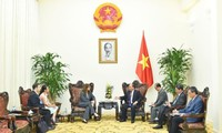 Премьер-министр Вьетнама принял посла Израиля в стране