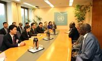 Выонг Динь Хюэ провёл встречи с высокими представителями правительства и парламента Швейцарии