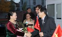 Нгуен Тхи Ким Нган встретилась с сотрудниками посольства Вьетнама в Казахстане