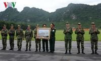 Президент Вьетнама провел рабочую встречу с руководством Минобороны