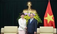 Премьер Вьетнама Нгуен Суан Фук принял главу администрации Гонконга