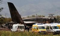 В Алжире разбился военный самолет