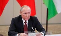 Путин: санкции не помогут сдержать развитие РФ и будут постепенно сниматься