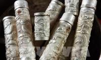 Промысел по гравировке на серебре в деревне Донгсам