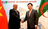 Вьетнам и Алжир активизируют двусторонние отношения