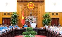 Нгуен Суан Фук провёл рабочую встречу с руководством Конфедерации труда Вьетнама