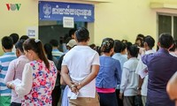 Избиратели Камбоджи пришли на выборы депутатов парламента 6-го созыва