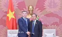 Делегация партии «Нур Отан» находится во Вьетнаме с визитом