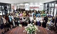 В Ханое прошла встреча женщин-дипломатов по случаю Международного женского дня