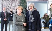 Меркель готова дать Великобритании больше времени на поиск компромисса по Brexit
