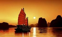 Tourisme: Leçon 14: La baie d'Halong-Première partie