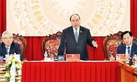 Nguyen Xuan Phuc travaille avec l'inspection gouvernementale