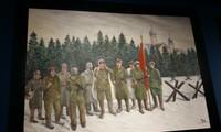 Vernissage de l'exposition de peinture « Souvenirs de l'époque soviétique »