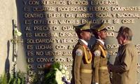Santiago de Cuba clôt les hommages à Fidel Castro avec un défilé populaire