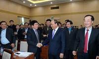 Nguyen Xuan Phuc à la réunion du ministère de la Construction