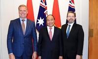 Nguyen Xuan Phuc rencontre les présidents des deux chambres du Parlement australien