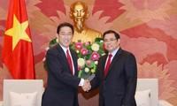 Pham Minh Chinh reçoit un responsable du Parti libéral démocrate japonais