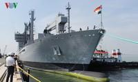 Trois navires de la Marine indienne en visite à Da Nang