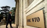Donald Trump dit ne pas vouloir sortir de l'OMC