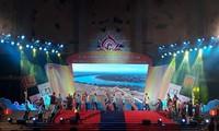 Quang Tri honore le chant Bài choi