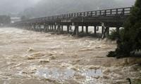 Japon: des pluies diluviennes font au moins 48 morts