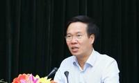 Vo Van Thuong rencontre les nouveaux représentants en chef du Vietnam à l'étranger