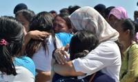 Indonésie : exode de touristes après un séisme dont le bilan s'alourdit