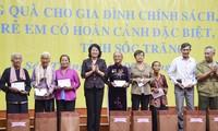 La vice-présidente Dang Thi Ngoc Thinh à Soc Trang
