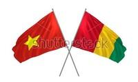 Pham Binh Minh reçoit le chef de la diplomatie de la République de Guinée