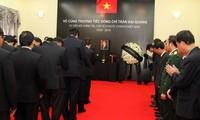 Hommage rendu au président Trân Dai Quang à l'étranger