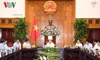 Nguyên Xuân Phuc travaille avec les dirigeants de Ninh Thuân