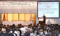 Nguyên Xuân Phuc à la conférence sur l'attractivité du Vietnam