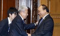 Nguyên Xuân Phuc rencontre les présidents de la chambre des représentants et du Sénat japonais