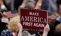"""Midterms: vers une cohabitation aux États-Unis, Donald Trump revendique un """"immense succès"""""""