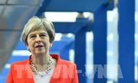 Brexit : Theresa May confortée face à l'UE après avoir remporté le vote de confiance de son parti