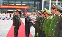 Nguyên Phu Trong à la 47e conférence nationale de la police