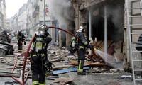 Explosion à Paris: trois morts et une cinquantaine de blessés