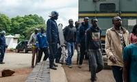 Manifestations, arrestations : le Zimbabwe paralysé