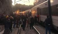 Espagne : au moins 1 mort et 95 blessés après la collision entre deux trains près de Barcelone