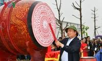 Nguyên Xuân Phuc lance une campagne de plantation d'arbres à Nghê An