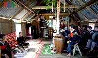 La cérémonie d'adoption d'une nouvelle jarre chez les Ede Mdhur