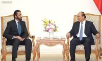 Le directeur général du groupe d'investissement de Dubaï reçu par le Premier ministre