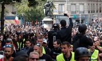 Fête du Travail : 164.500 manifestants en France, des heurts à Paris