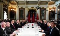"""Commerce Chine-USA: fin des discussions à Pékin, pourparlers """"fructueux"""" selon Washington"""
