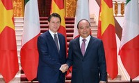 Giuseppe Conte achève sa visite au Vietnam