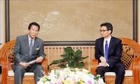Vu Duc Dam reçoit l'ambassadeur spécial Vietnam-Japon