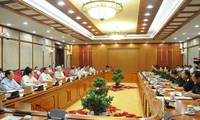 Bộ Chính trị làm việc với Quân ủy Trung ương về Đại hội Đảng bộ Quân đội lần thứ 10