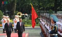 Lễ đón chính thức Tổng Bí thư, Chủ tịch nước Lào tại Hà Nội